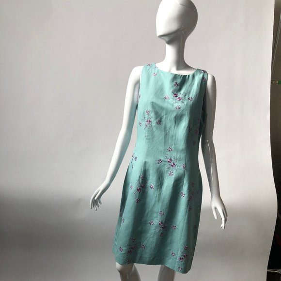 Jessica Howard Dresses & Skirts - Aqua Shift Dress with Lilac Embroidered Flowers -